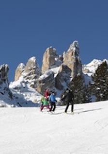 val-di-fassa-sciare-in-famiglia