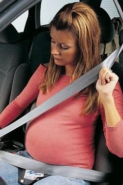 cintura-di-sicurezza-in-gravidanza