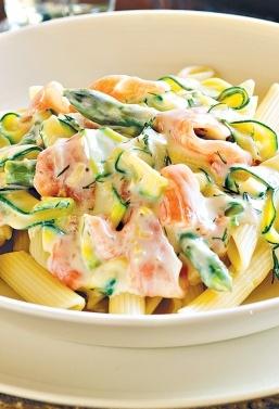 pasta-fredda-con-zucchine-salmone-yogurt