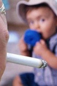 genitori-fumatori-1-bimbo-su-5-li-ha