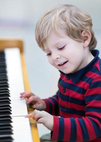 bambini-musica-quando-iniziare
