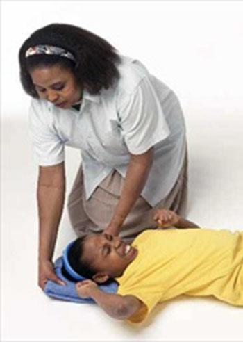 epilessia-cosa-fare-davanti-a-una-crisi
