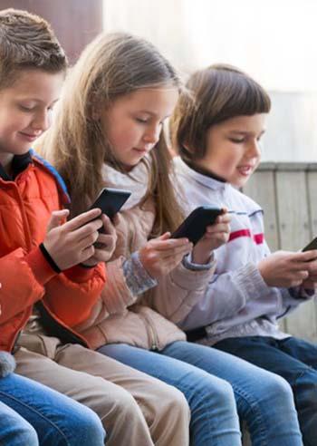 regali-bambini-smartphone