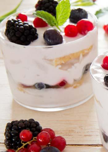 tiramisu-allo-yogurt-e-frutta