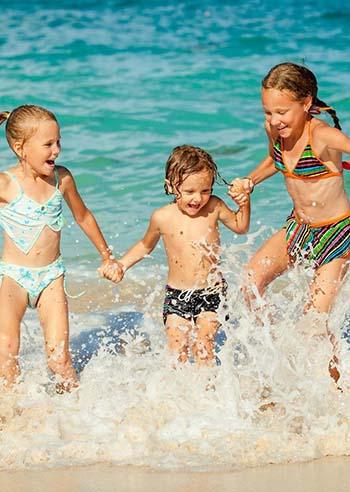decalogo-sicurezza-bambino-mare-e-piscina